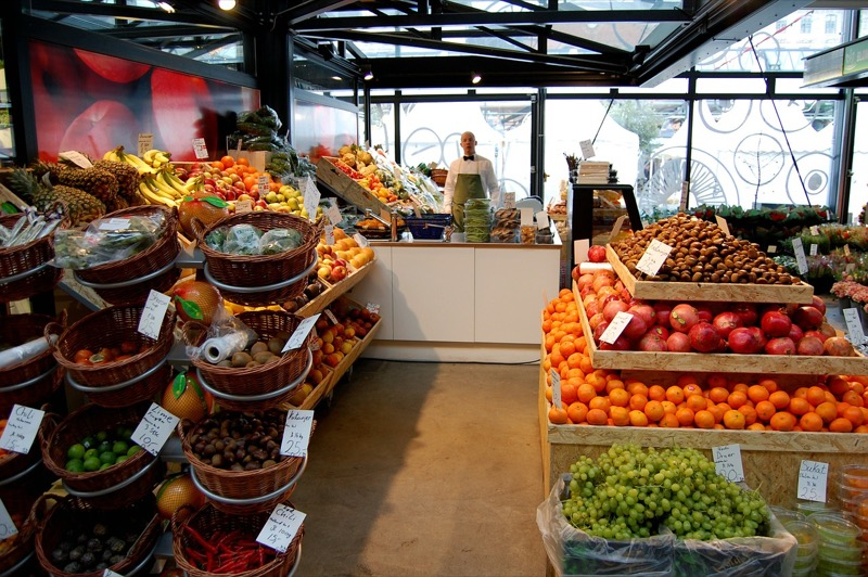 fruits grocery store