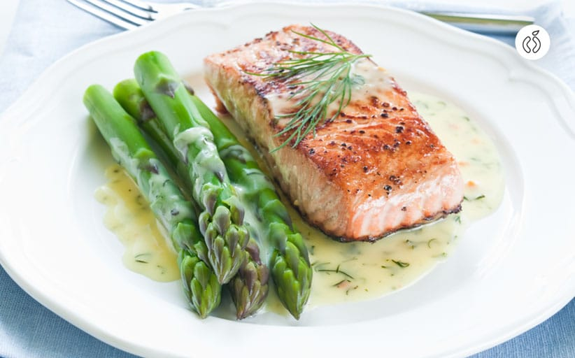 Juicy Salmon and Asparagus in Foil